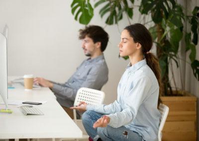 Pratiquer la pleine conscience pour améliorer son efficacité professionnelle